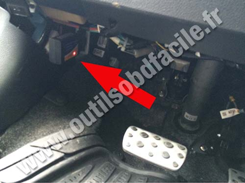 OBD2 connector location in Subaru XV (2011 - ...) - Outils ...