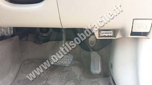 Toyota Corolla 9 OBD2 port