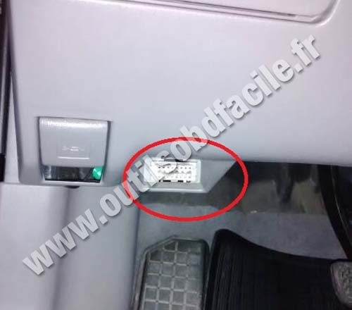 Obd2 Connector Location In Toyota Corolla 2006 2013