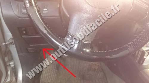 Toyota RAV4 steering wheel
