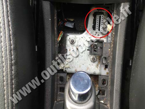 Vauxhall Astra H OBD2 Connector