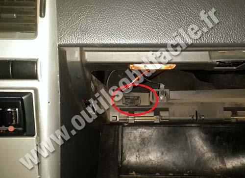 Vaz 2170 OBD2 socket