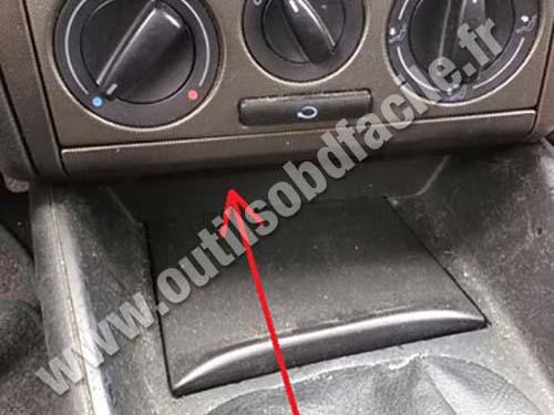 Volkswagen Bora central console