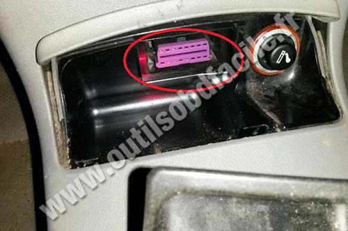 Mitsubishi Pajero Sport 2 moreover Mazda moreover Fiat Fiorino 3 together with Harley Davidson Fuel Pump Location together with Volkswagen Lupo. on obd connector location