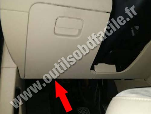 Obd2 Connector Location In Volkswagen Passat B7 2010