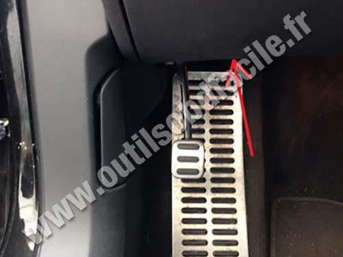 Volkswagen Phaeton pedals