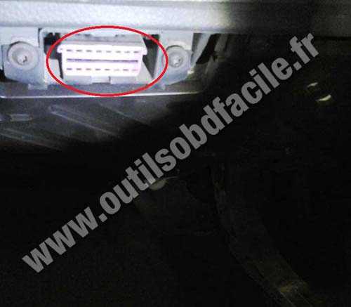 Volkswagen Polo OBD port