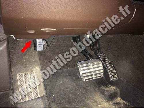 Volkswagen Touareg - Pedals