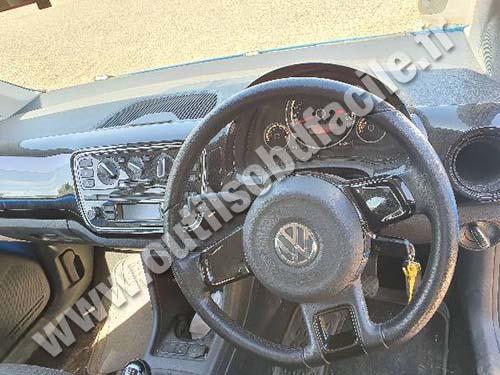 Volkswagen Up - Dashboard