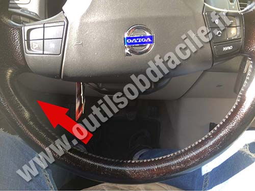 OBD2 connector location in Volvo V50 (2004 - 2012 ...