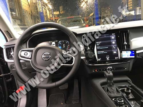 Volvo V90 Cross Country >> OBD2 connector location in Volvo V90 (2016 - ...) - Outils ...